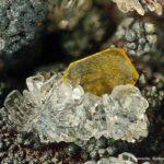 Emimorfite + Wulfenite